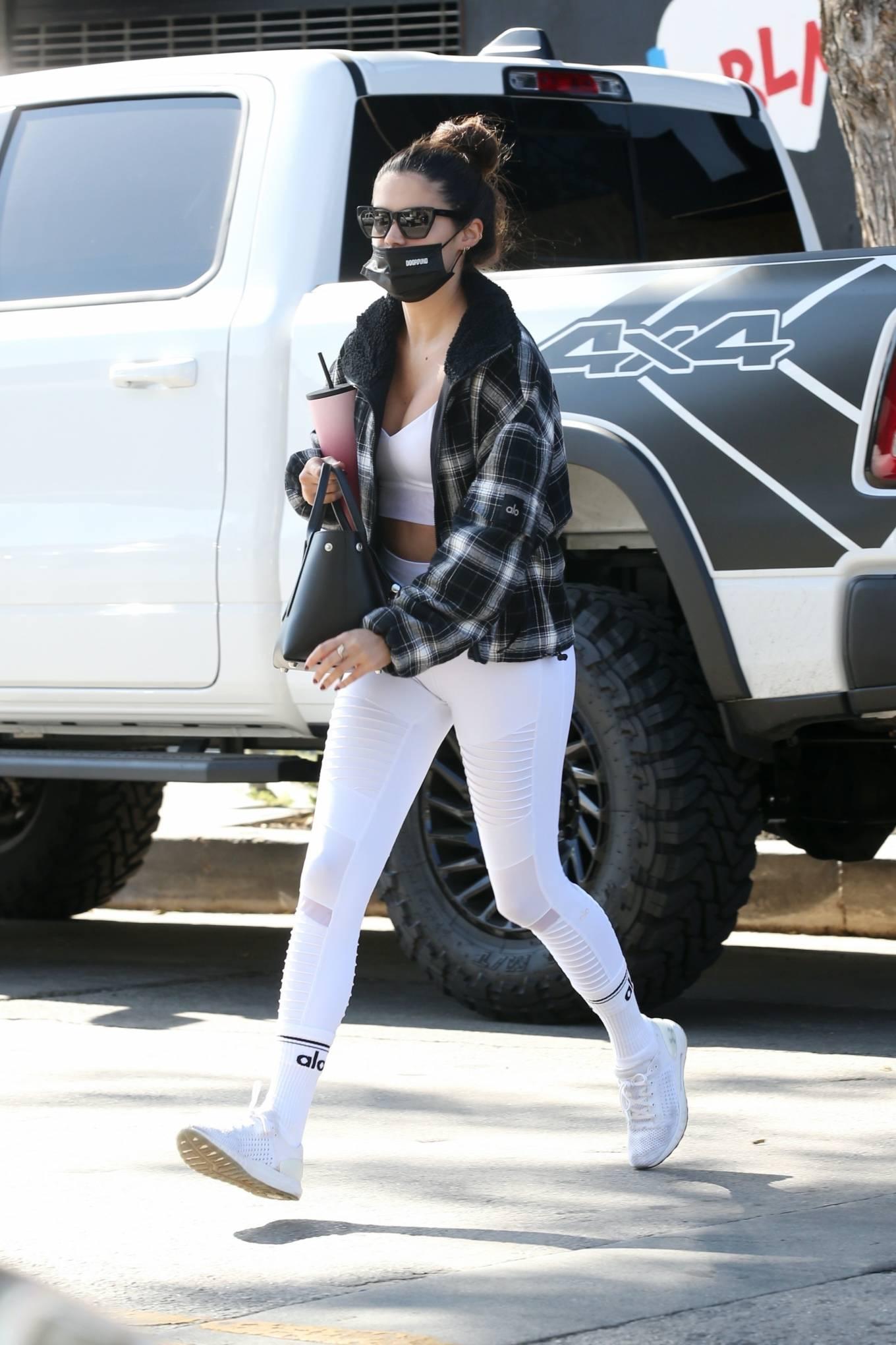 Sara Sampaio 2020 : Sara Sampaio – In white leggings heads to the gym in Los Angeles-39