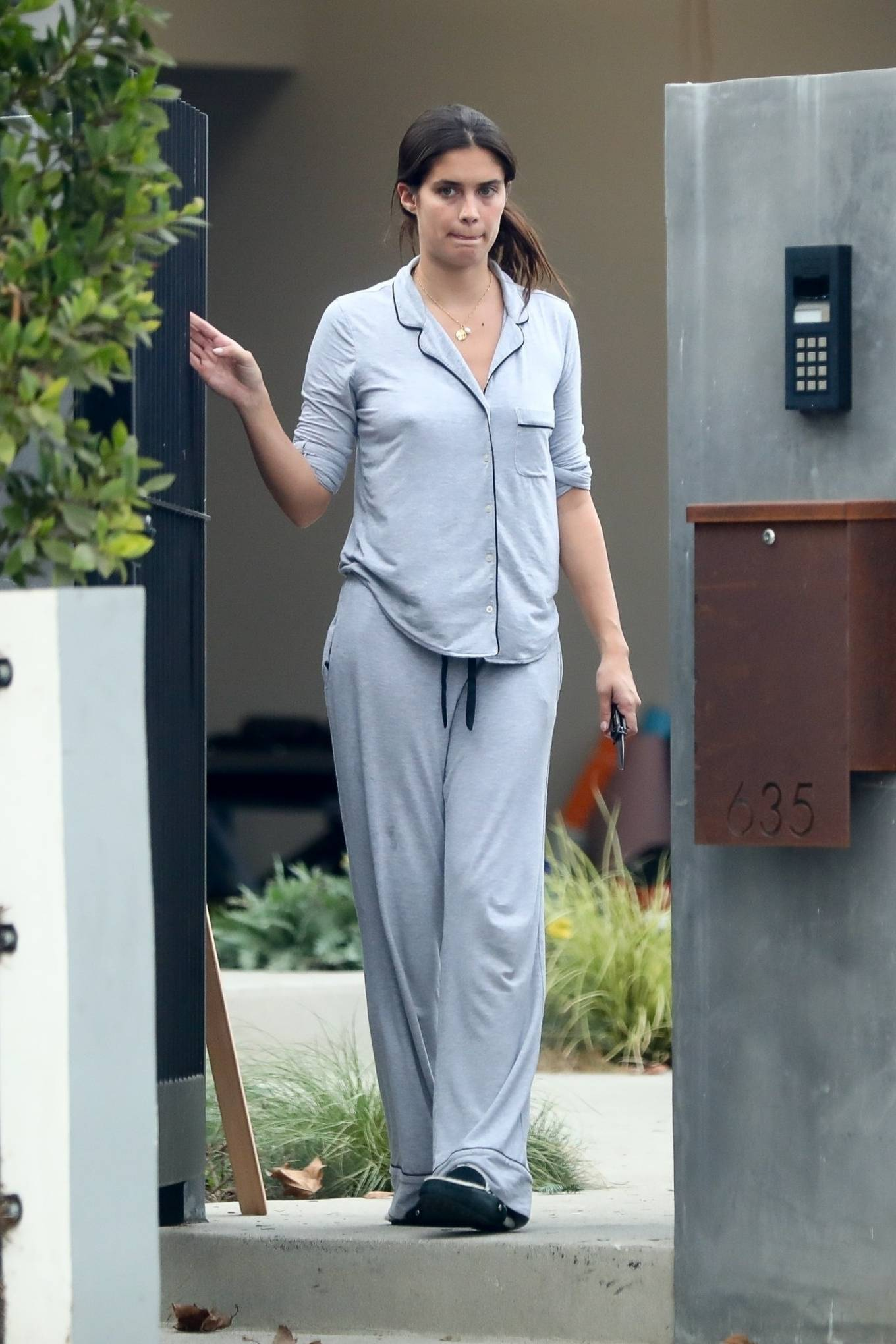 Sara Sampaio - Out in her pajamas to receive a shipment in Los Angeles