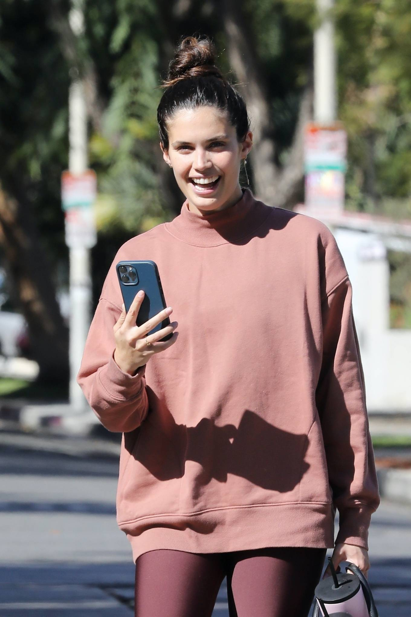 Sara Sampaio 2021 : Sara Sampaio – Seen after pilates class in Los Angeles-08