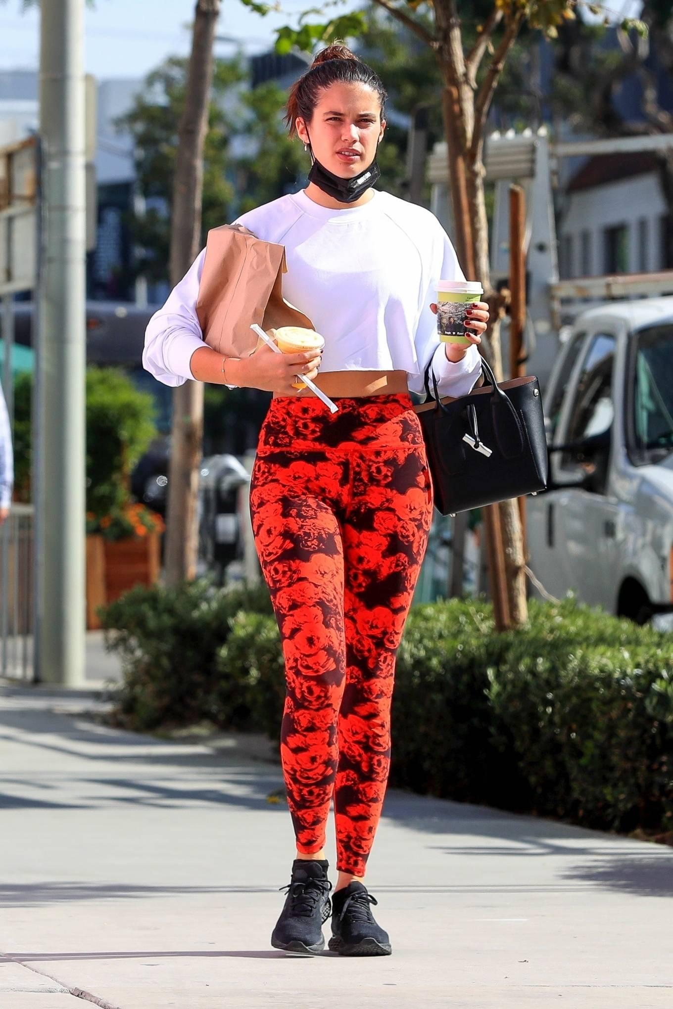 Sara Sampaio 2020 : Sara Sampaio – Seen after workout at the Dogpound gym in Los Angeles-20