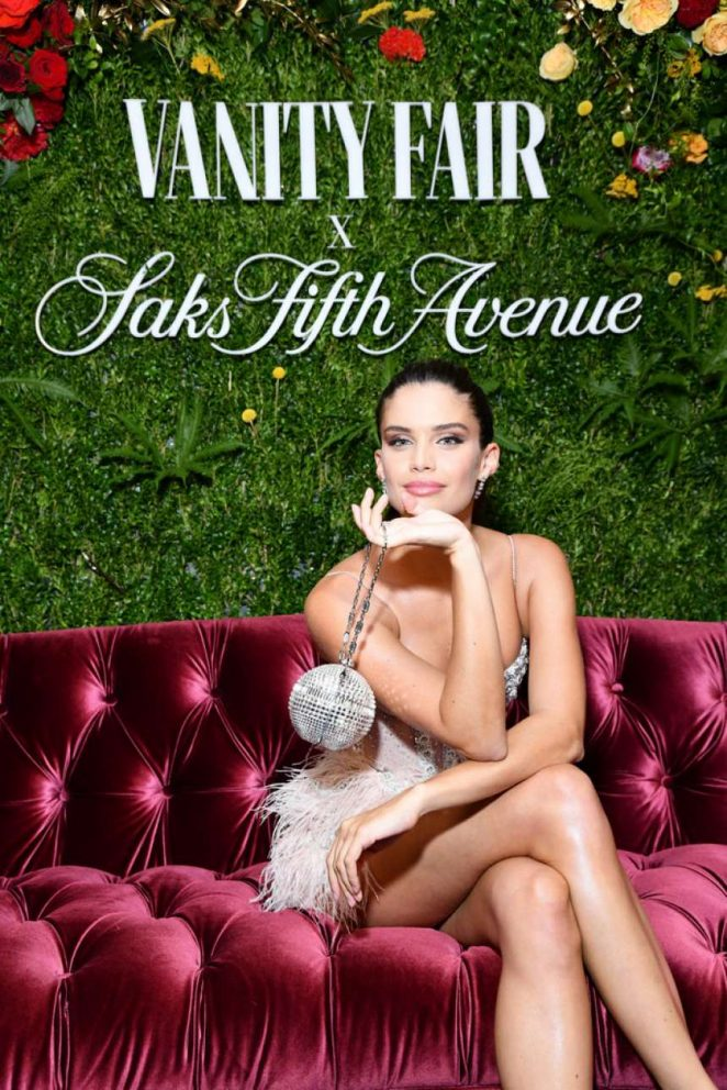 Sara Sampaio - Vanity Fair Celebrate Best-Dressed 2018 in NYC