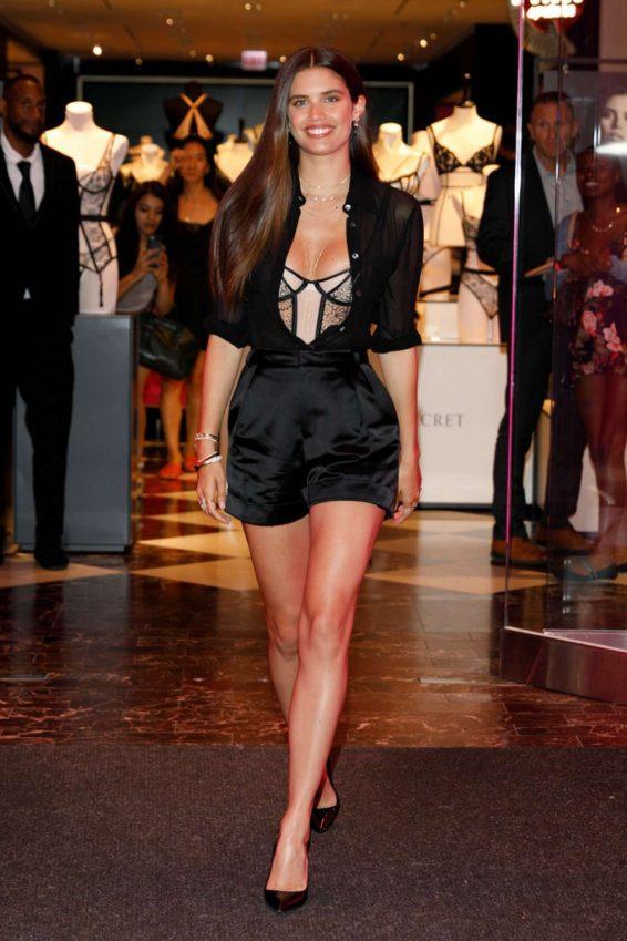 Sara Sampaio 2019 : Sara Sampaio – Victorias Secret Debut of the New Fall Collection in Chicago-02