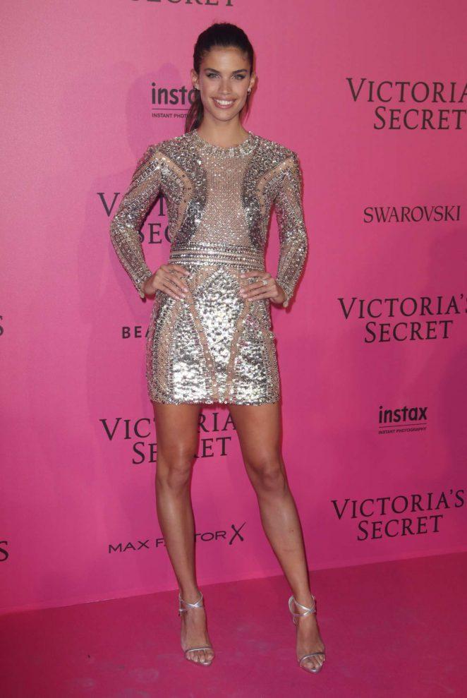 Sara Sampaio Victorias Secret Fashion Show 2016 After Party 05 Gotceleb