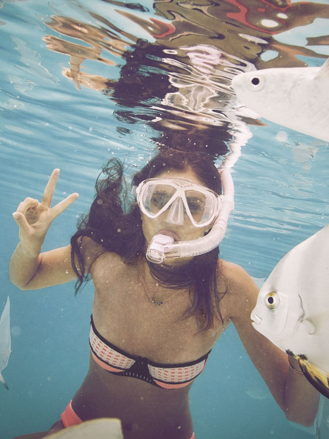 Sara Sampaio: VS Bikini 2015 -07