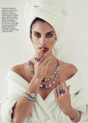Sara Sampaio - Vogue Mexico Magazine (July 2015)