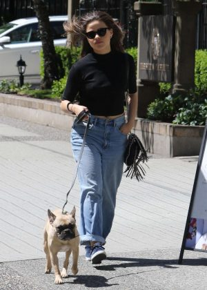 Sara Sampaio - Walking her dog in Vancouver