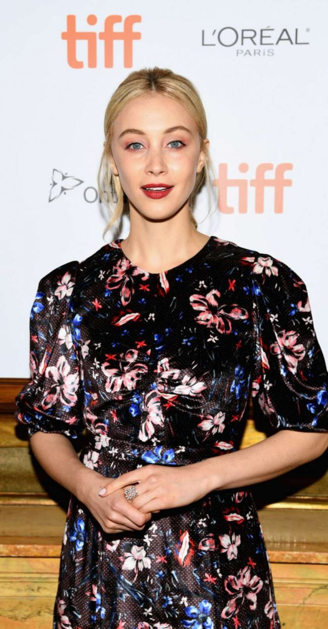 Sarah Gadon – 'The Death And Life Of John F. Donovan' Premiere – 2018 TIFF in Toronto