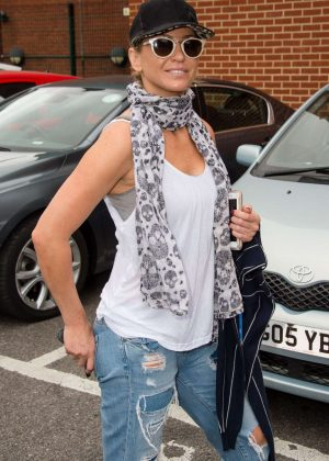 Sarah Harding Arrives at the New Wimbledon Theatre in London
