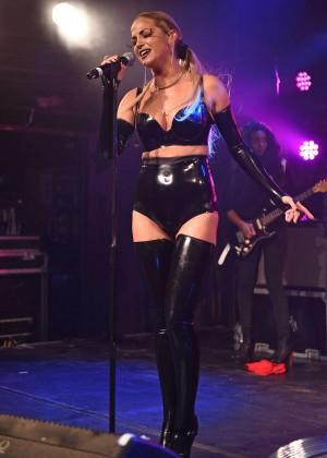 Sarah Harding: Performing at GAY -25