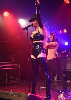 Sarah Harding: Performing at GAY -26