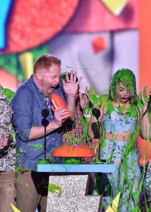 Sarah Hyland: 2015 Nickelodeon Kids Choice Awards -09