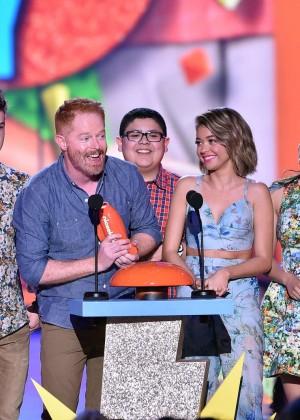 Sarah Hyland: 2015 Nickelodeon Kids Choice Awards -11