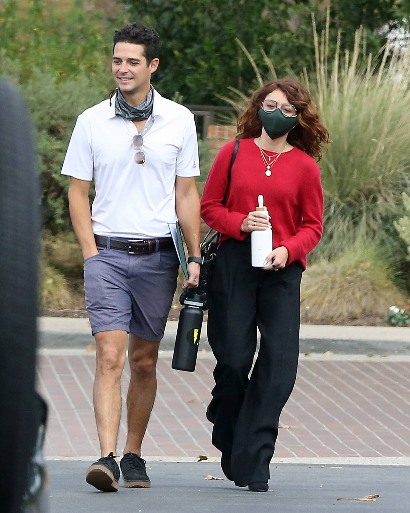 Sarah Hyland - checking out wedding venues in Los Angeles