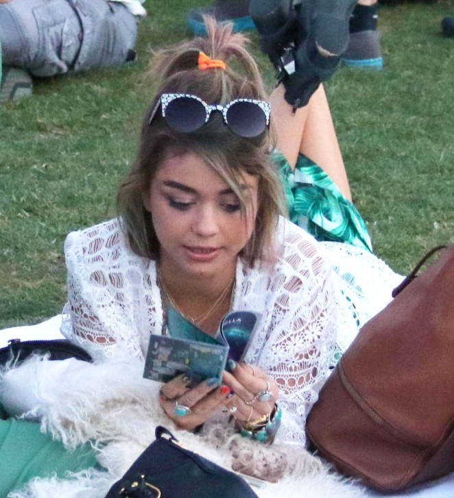 Sarah Hyland - Coachella Valley Music and Arts Festival Day 3 in Indio
