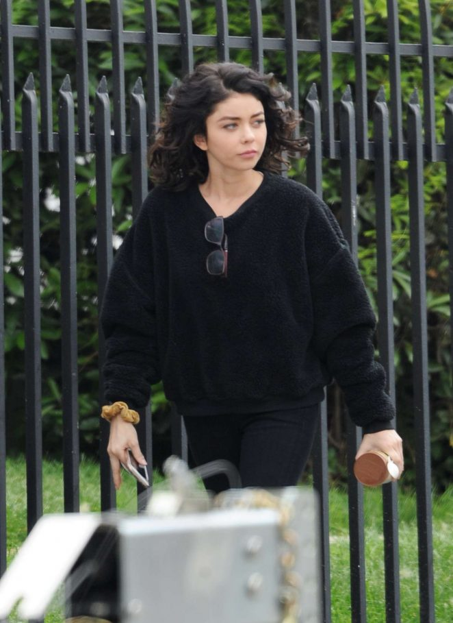 Sarah Hyland - Filming 'The Wedding Year' in Hollywood