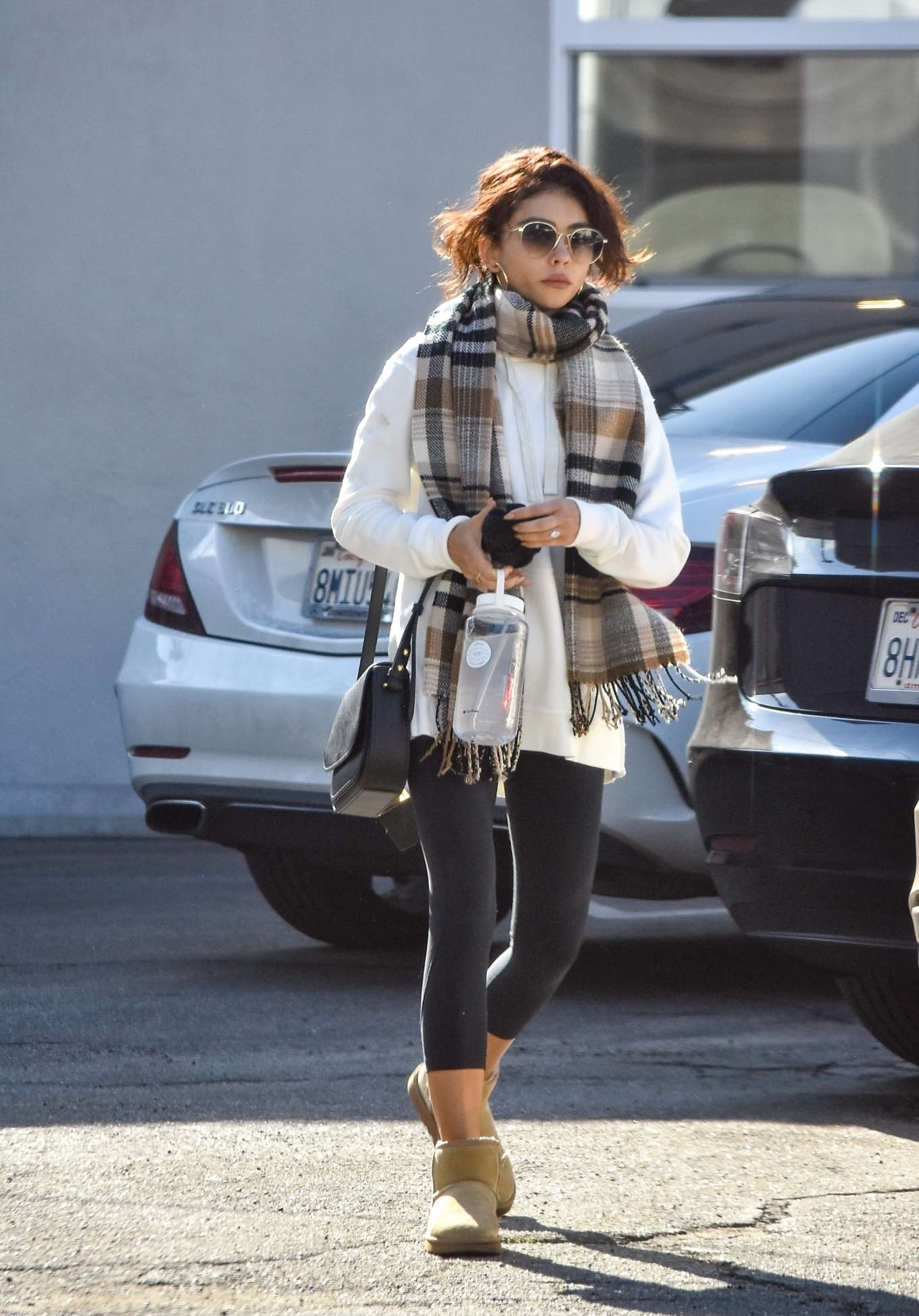Sarah Hyland 2020 : Sarah Hyland – Leaves pilates session in Studio City-17