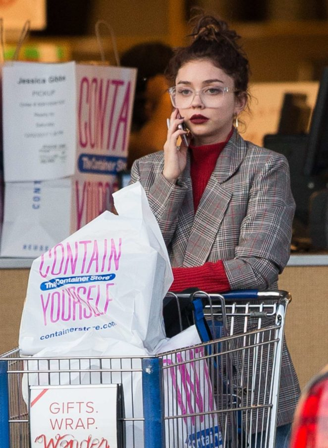 Sarah Hyland - Leaves The Container Store in LA