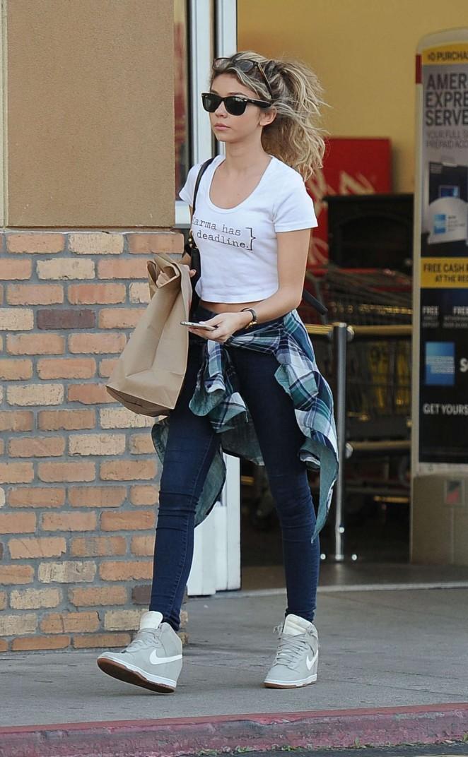 Sarah Hyland in Jeans Leaving CVS in LA