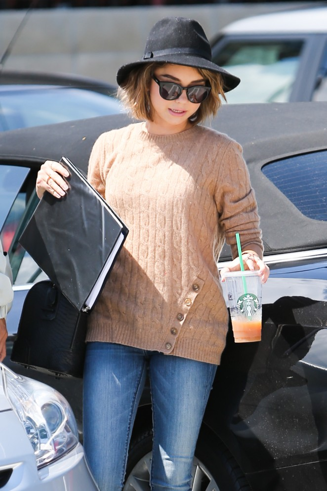 Sarah Hyland – Out and about in Culver City