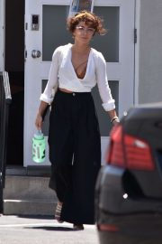Sarah Hyland - Out and about in LA