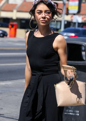 Sarah Hyland - Out in Hollywood