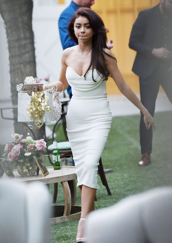 Sarah Hyland - Pre-wedding day bridesmaid luncheon at the Lombardi House in Hollywood