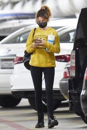 Sarah Hyland - running errands in Los Angeles