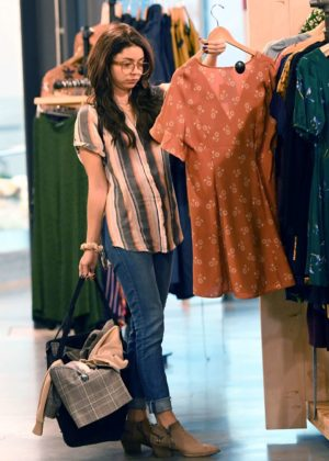 Sarah Hyland - Shopping at Urban Outfitters in Studio City