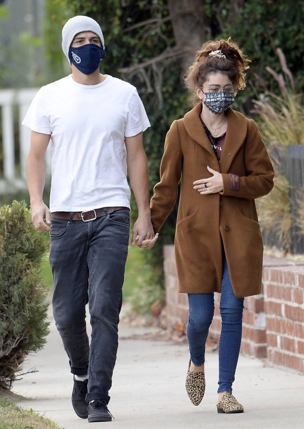 Sarah Hyland - With boyfriend out for a walk in Hollywood