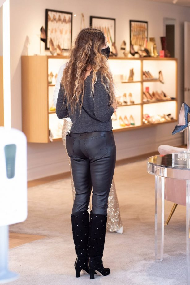 Sarah Jessica Parker - At her SJP Collection Shoe Store in New York