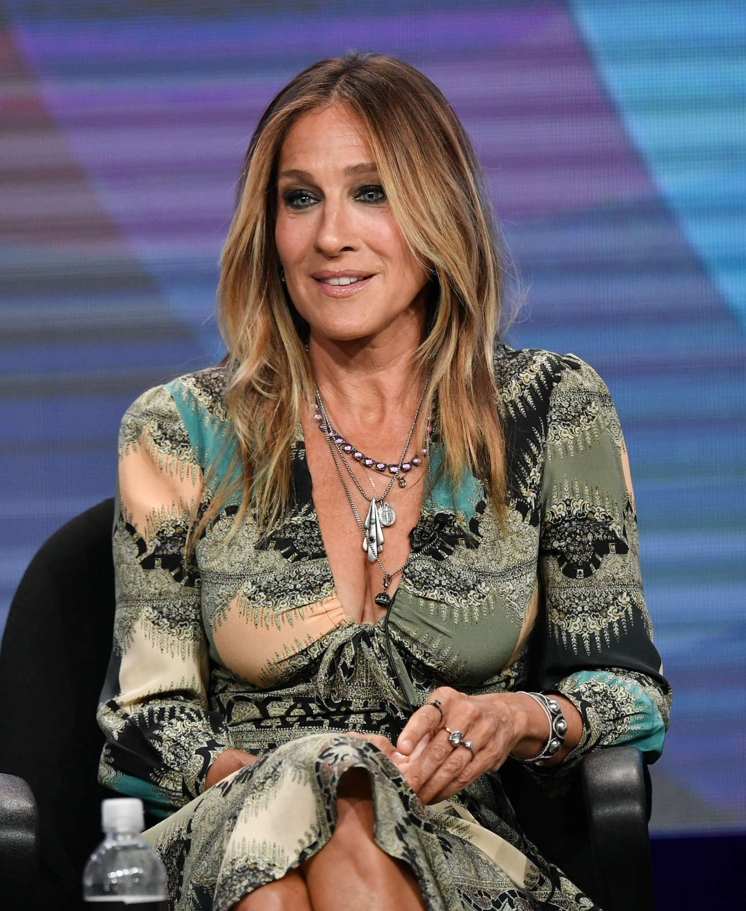 Sarah Jessica Parker – 'Divorce' Panel Summer TCA Tour ...