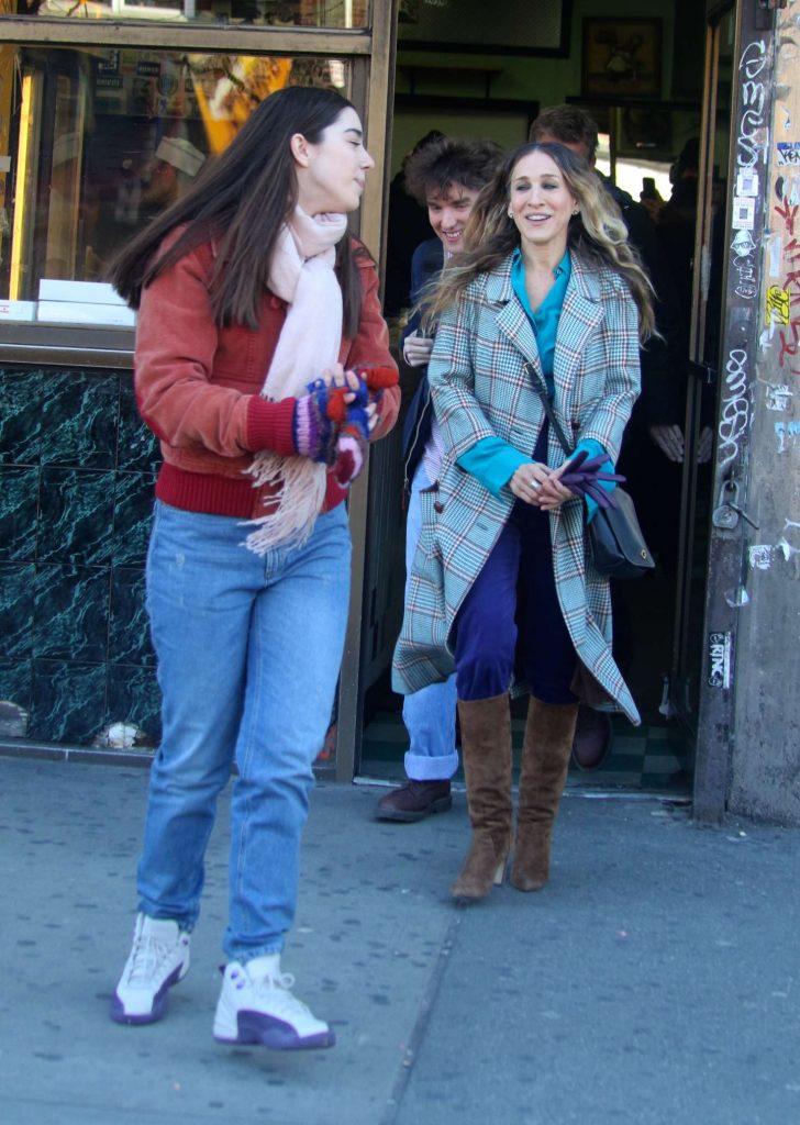 Sarah Jessica Parker - On The Set Of 'Divorce' in West Harlem