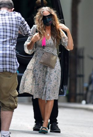 Sarah Jessica Parker - Seen in midtown New York