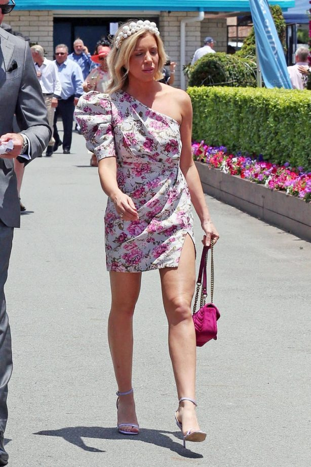 Sarah Matulin - Seen at Magic Millions Race Day 2021 at the Gold Coast Turf Club