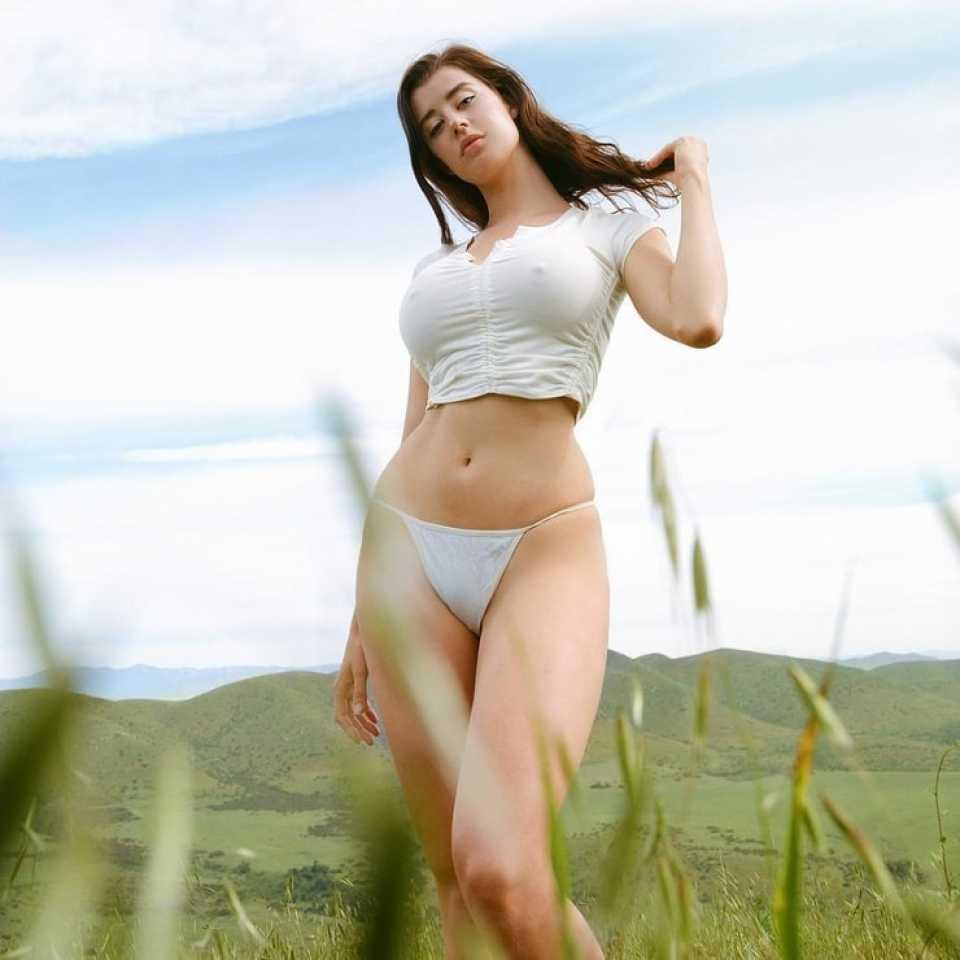 Sarah McDaniel 2020 : Sarah McDaniel – Personal pics -18