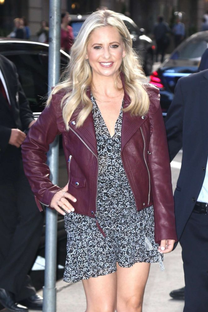 Sarah Michelle Gellar - Arrives at Good Morning America show in NYC