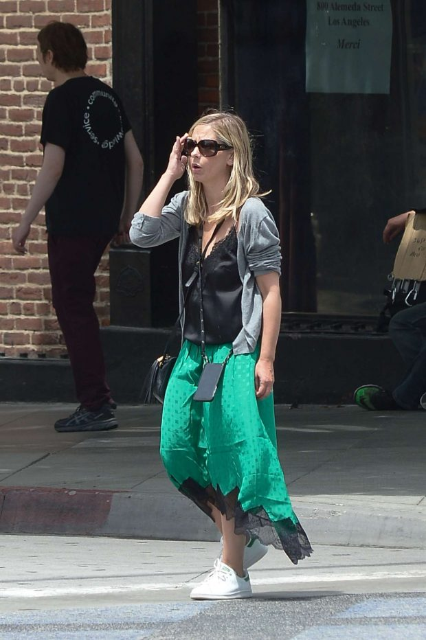 Sarah Michelle Gellar in Green Skirt - Shopping in Los Angeles