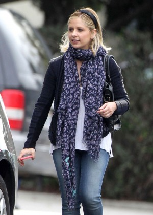 Sarah Michelle Gellar in jeans out in Brentwood