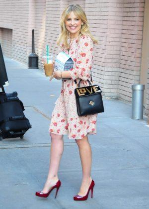 Sarah Michelle Gellar - Leaving the ABC Studios in New York City