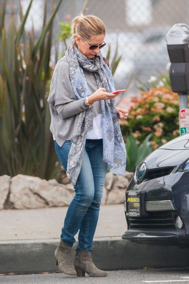 Sarah Michelle Gellar - Out and about in LA