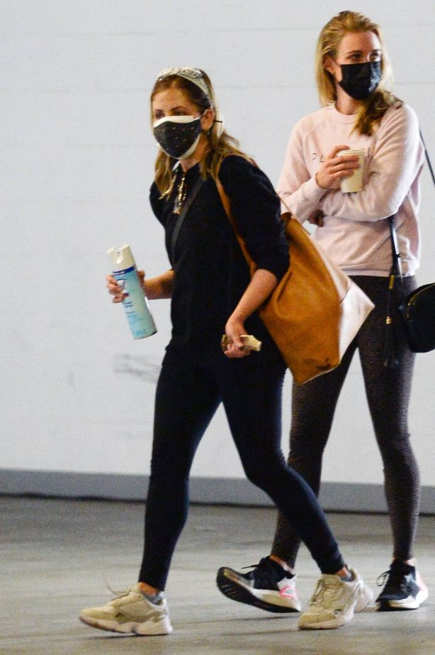 Sarah Michelle Gellar - Seen first time since allegations against Joss Whedon in Los Angeles