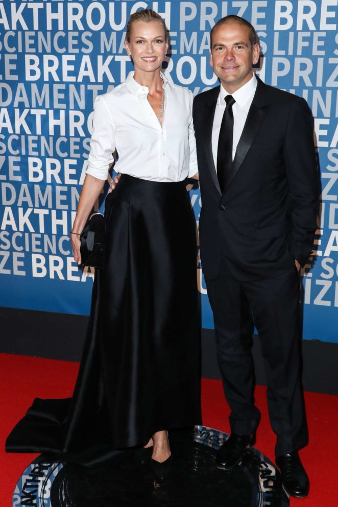 Sarah Murdoch - 2017 Breakthrough Prize Ceremony in Mountain View