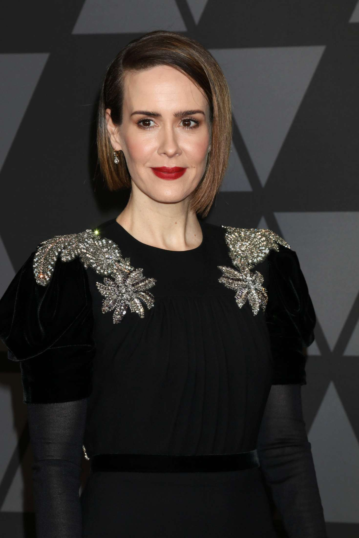 Sarah Paulson 2017 : Sarah Paulson: 9th Annual Governors Awards -07