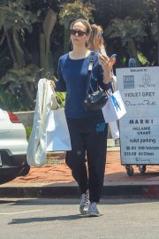 Sarah Paulson - Shopping on Melrose Place in Hollywood