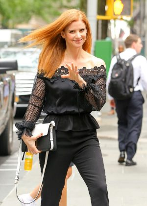 Sarah Rafferty Arrives at 'The Today Show' in New York City