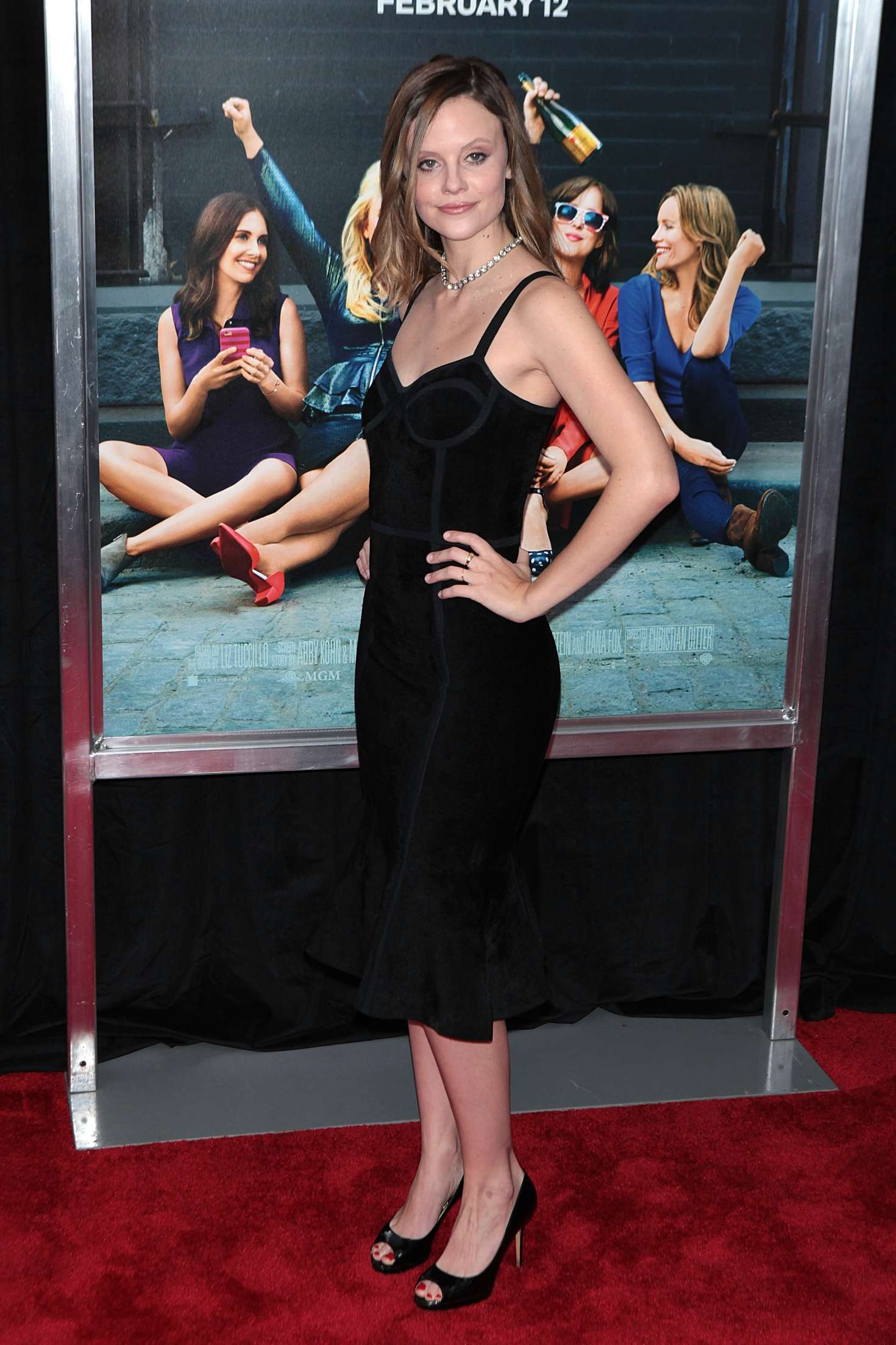 Sarah ramos how to be single premiere in new york city sarah ramos how to be single ny premiere ccuart Choice Image