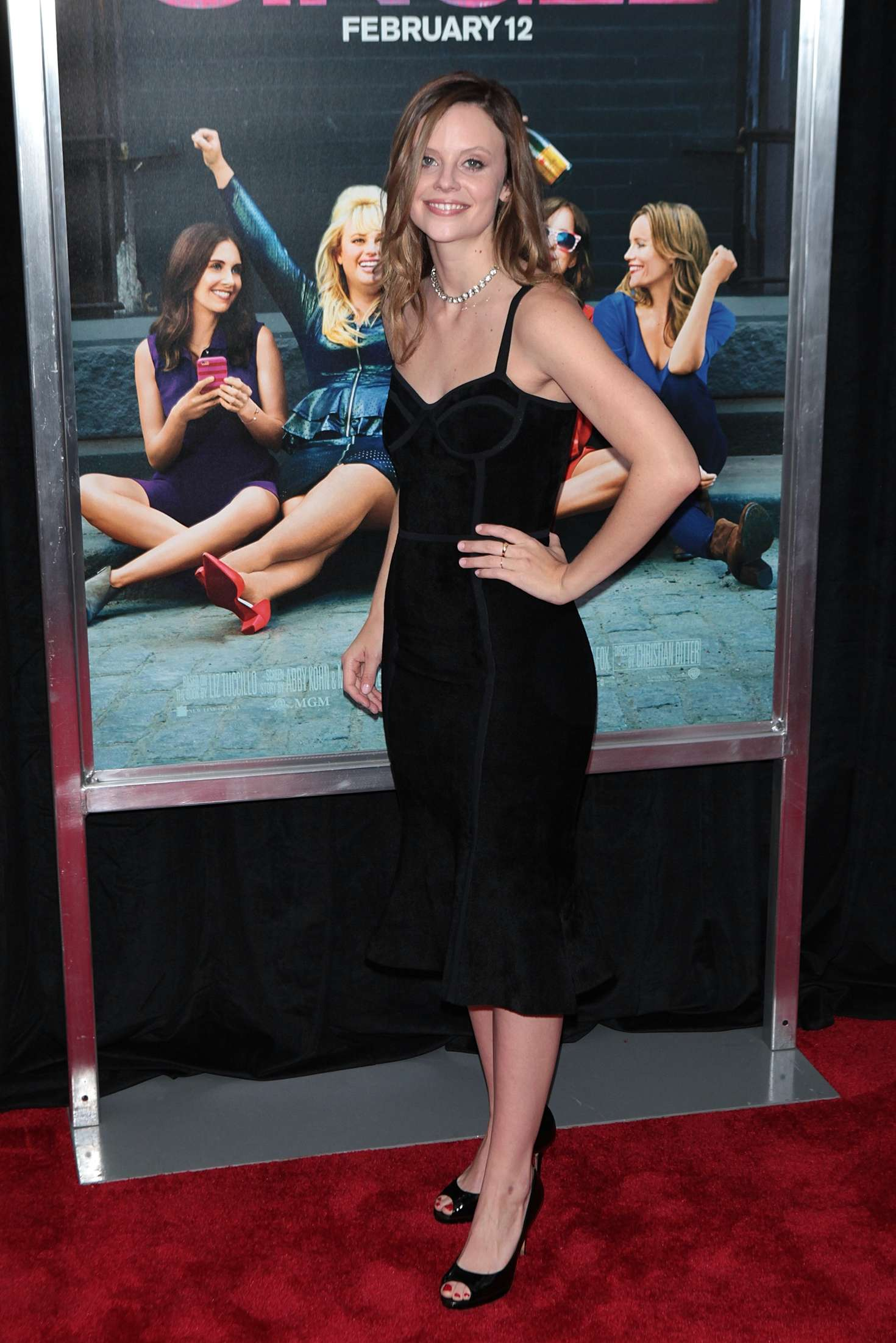 Sarah Ramos 'how To Be Single' Premiere In New York City How To Be