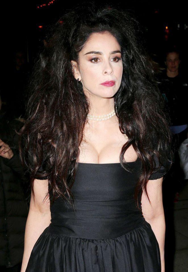 Sarah Silverman In Black Dress 06 Gotceleb