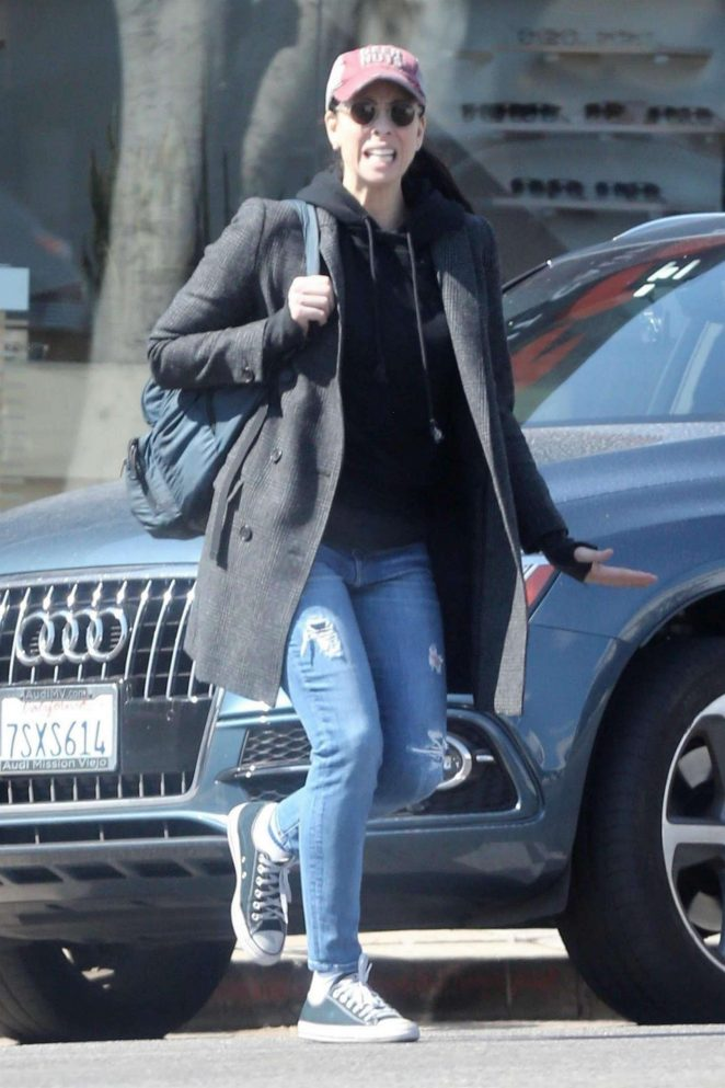 Sarah Silverman - Out for some shopping in Hollywood