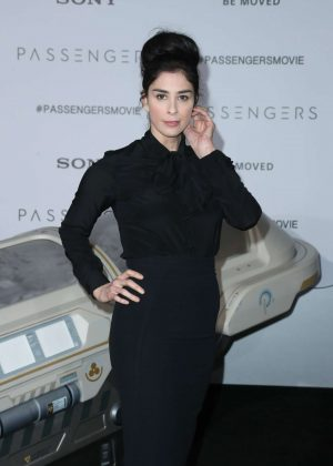 Sarah Silverman - 'Passengers' Premiere in Los Angeles
